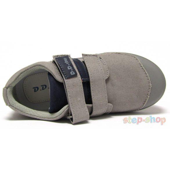 31-36 fiú vászoncipő D.D.step 049-544AL