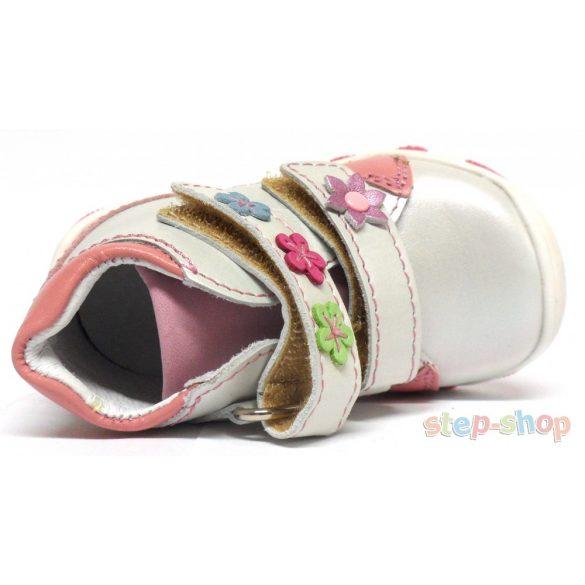 19-24 lány cipő Linea M010